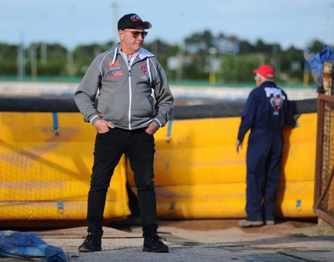 Swindon v Belle Vue     Pic Dave Evans      17/06/2019.Boss Alun Rossiter in the pits before the meeting..