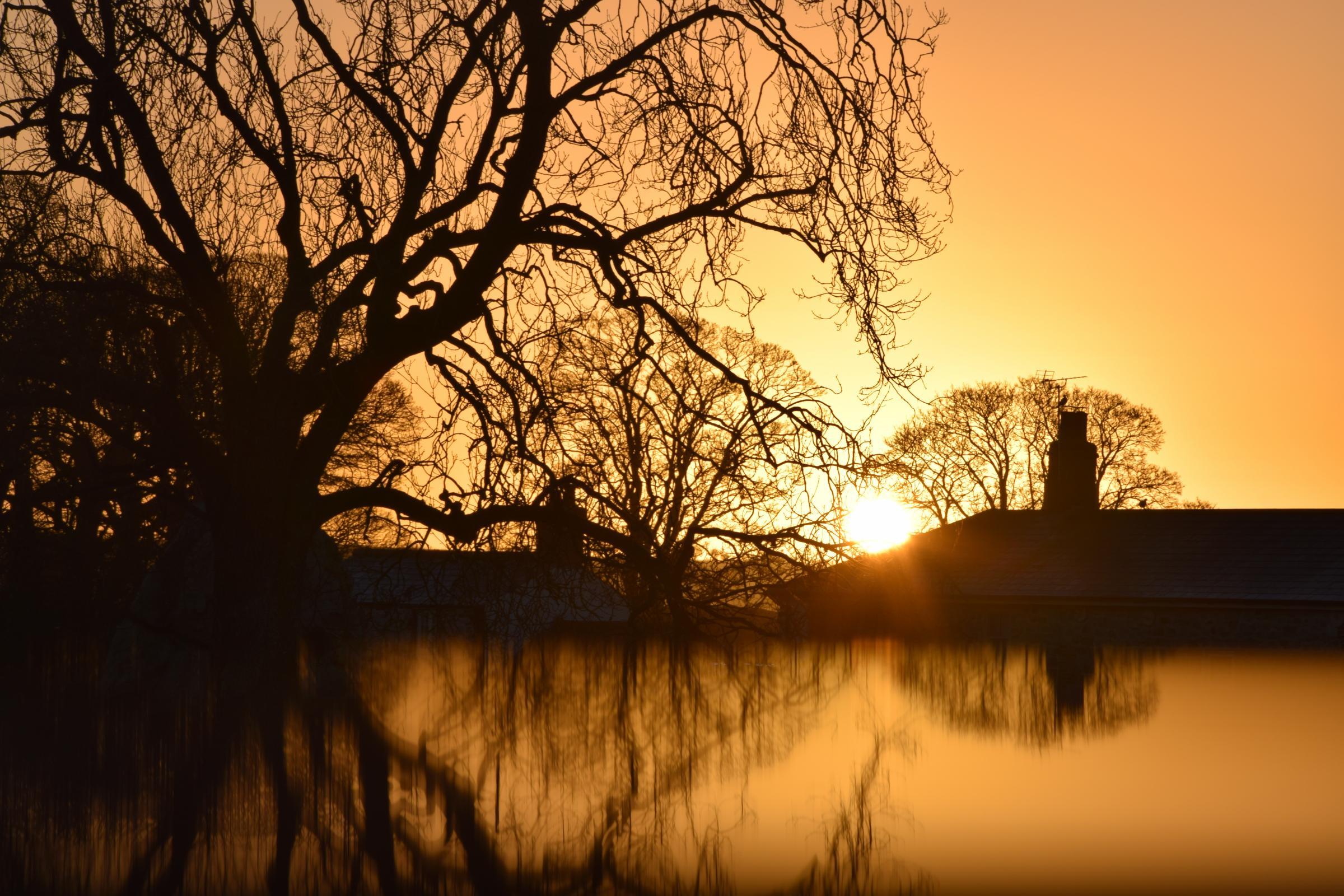 Avebury at sunrise wins Swindon College School of Art photography competition