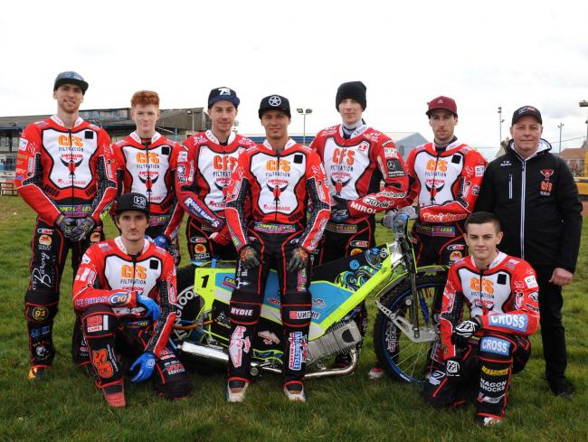 Swindon Robins' press day.     Pic Dave Evans   15.03.18.Swindon Robins team for 2018..Standing left to right, Mitchell Davey, Anders Rowe, Troy Batchelor, Nick Morris, Tobiasz Musielak, David Bellego and team boss Alun Rossiter..Kneeling are Adam Ell