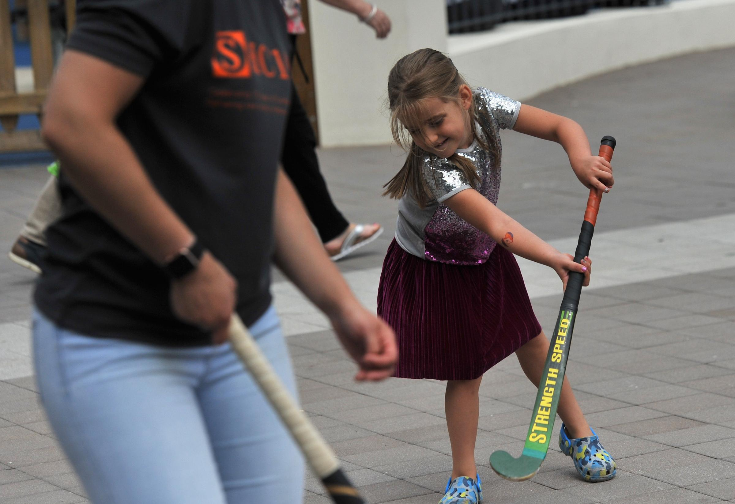 Tomlinson showcases summer fun at activities fair
