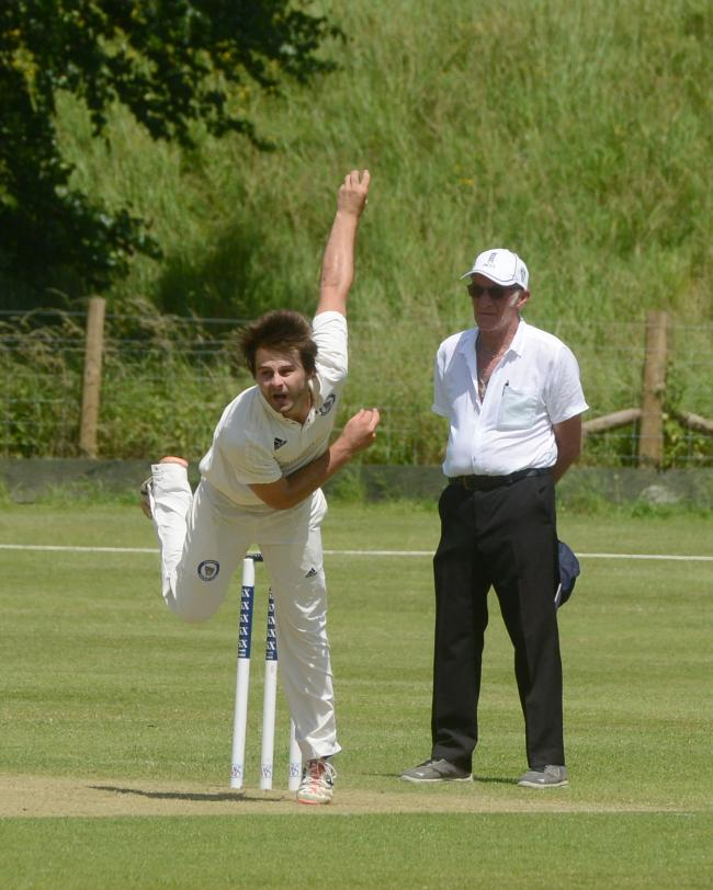 Sam Underhill picked up a wicket for Avebury during their shock loss to Swindon 2nd on Saturday 	             Picture: SIOBHAN BOYLE
