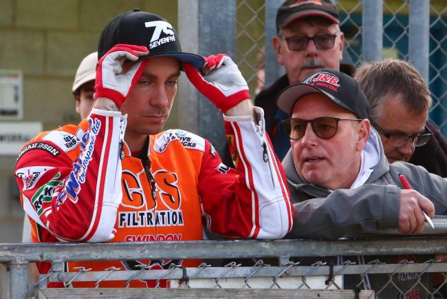 REPORT: Ipswich Witches 48 Swindon Robins 42