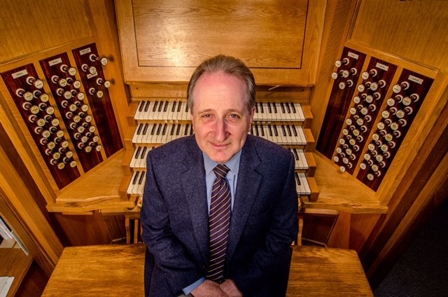 Holy Rood Church brings renowned organist to Swindon