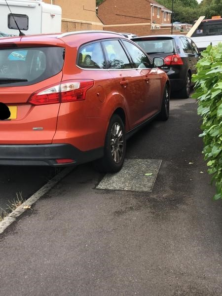 WHAT YOU SAID: Poor parking in Swindon caught on camera by readers