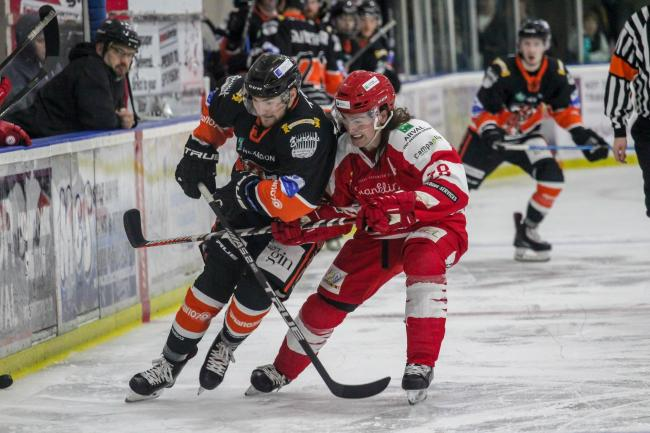 Stevie Whitfield in action for Swindon Wildcats against Telford Tigers in a pre-season challenge match. PICTURE: KAT MEDCROFT