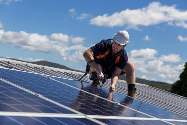Mandating solar panels on the roofs of new buildings might be one way to cut carbon emissions in Swindon