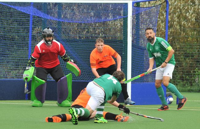 Hockey, Swindon A v North Wilts at The Deanery Academy..Pic - gv.Date 28/9/19.pic By Dave Cox.