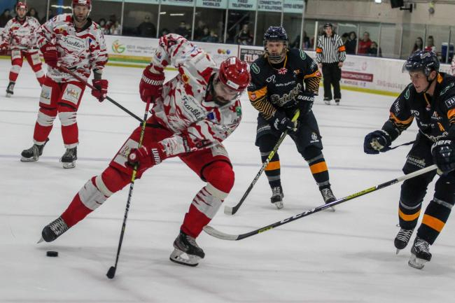 Swindon Wildcats 5 Raiders 2; Saturday, November 2, 2019; Aaron Nell; PICTURE: KAT MEDCROFT