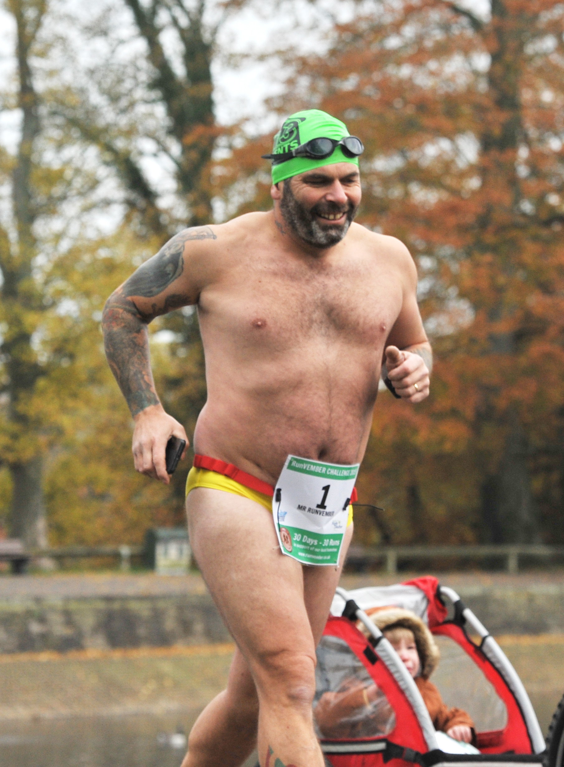 Runvember sees runners take to Coate Water in the Speedos