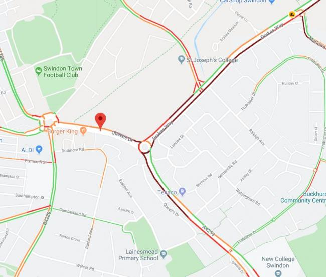 TRAFFIC: Delays on approach to town centre as Queens Drive closed