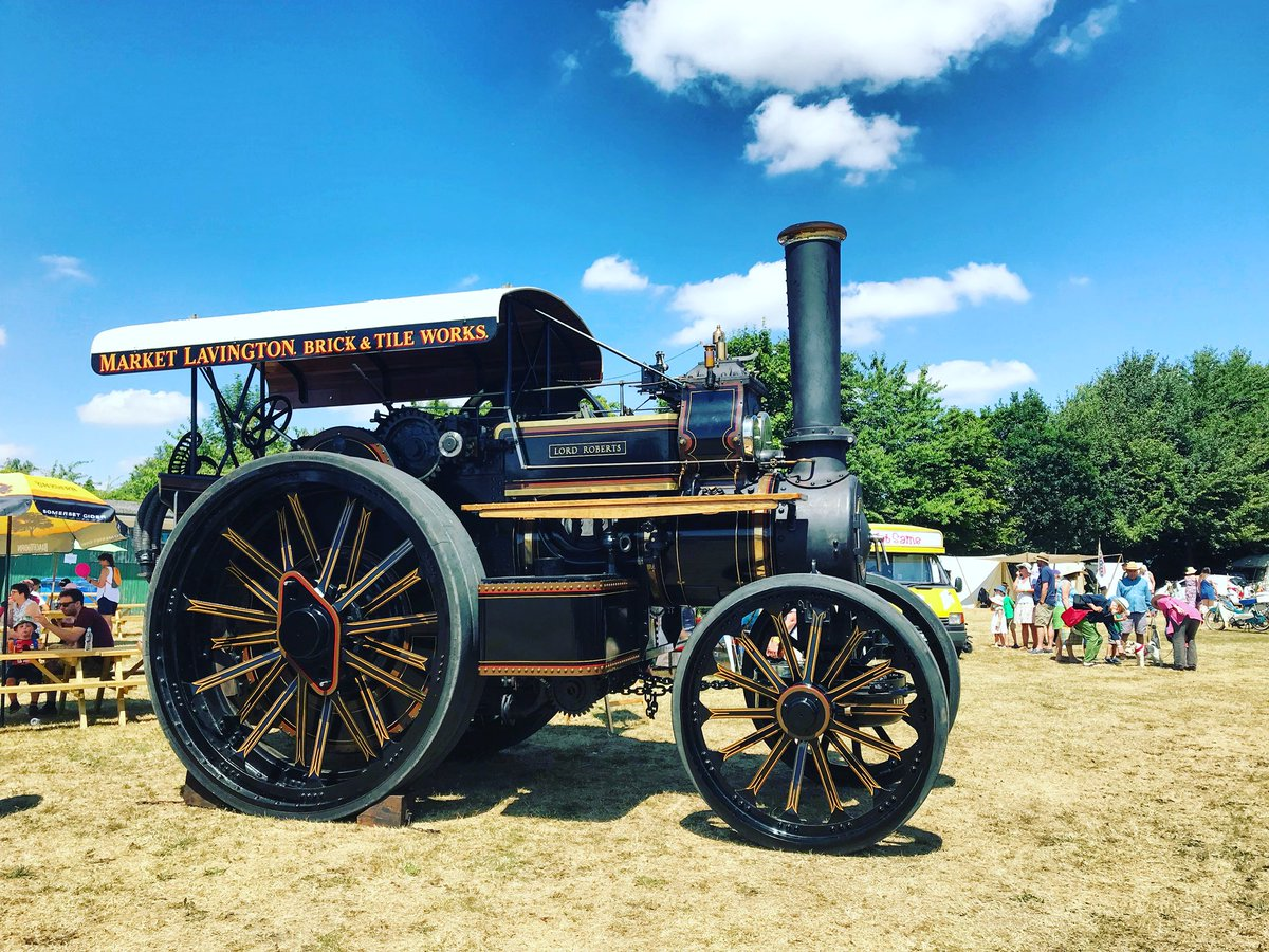 Market Lavington Vintage Meet Family Fun Weekend