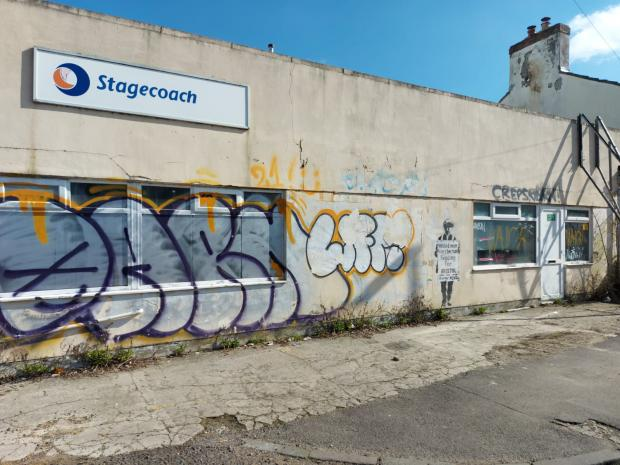 Swindon Advertiser: Painting appears on the side of abandoned Stagecoach building
