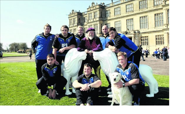 Rugby players help roar on public art project