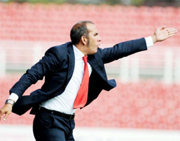 ANIMATED  Swindon boss Paolo Di Canio
