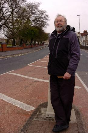 Steve Allsopp, who is presenting the motion, pictured in Faringdon Road which is on the route of the proposed canal