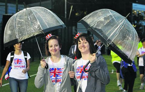 Katie and Danii Goodings at the start of the Starlight Walk for Prospect Hospice