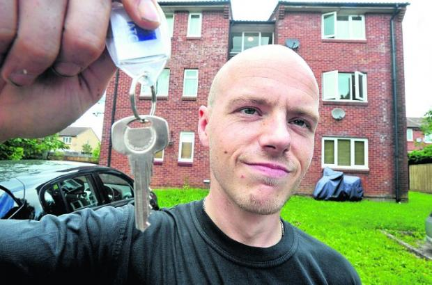 'I'm not a sponger' says man given flat