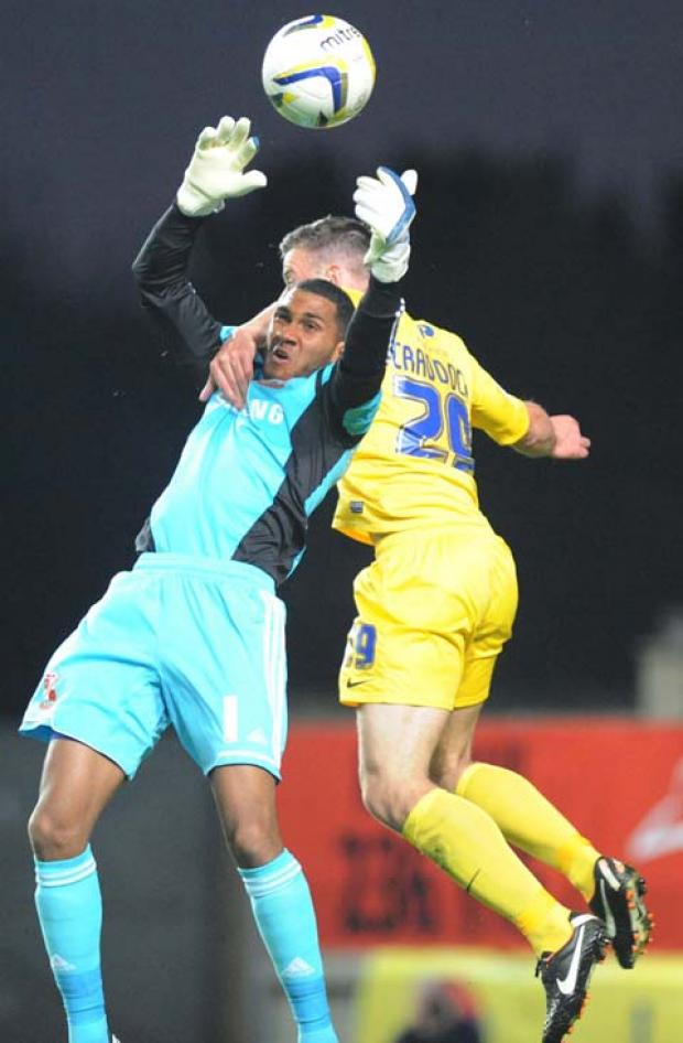 Wes Foderingham in action