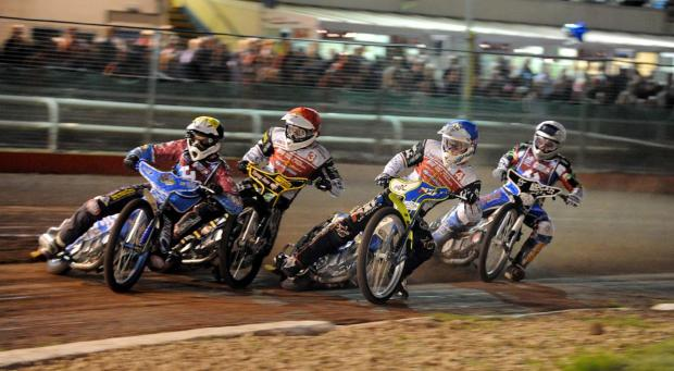 EASY DOES IT: Peter Kildemand (no 3) on his way to winning heat three