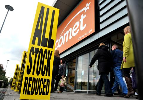 Swindon Advertiser: Shoppers flock to the sale at Comet, in the Orbital Retail Park