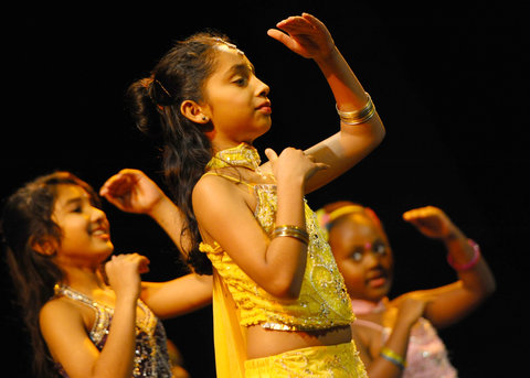 Kids show off dance skills at Wyvern Theatre