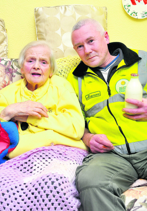 Milkman Pete Edmondson rescued Peggy Thomas after he found her collapsed on the floor