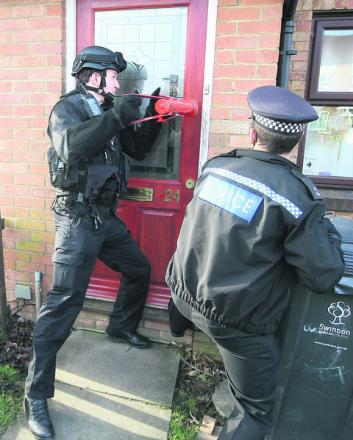 The police drugs raid on a house in Kerry Close, Shaw