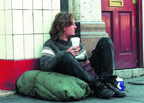 Swindon council officers' homelessness warning over benefit changes