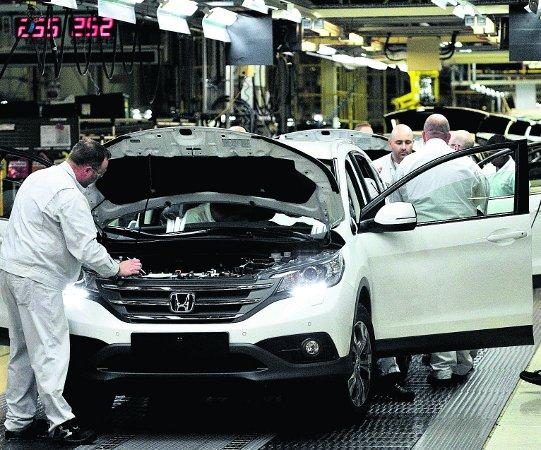 FACING JOB LOSSES Workers on the Honda CR-V production line at the Honda Plant in Swindon, pictured last year