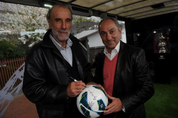 Former Swindon Town FC manager Ossie Ardiles involved in car accident in the Falkland Islands