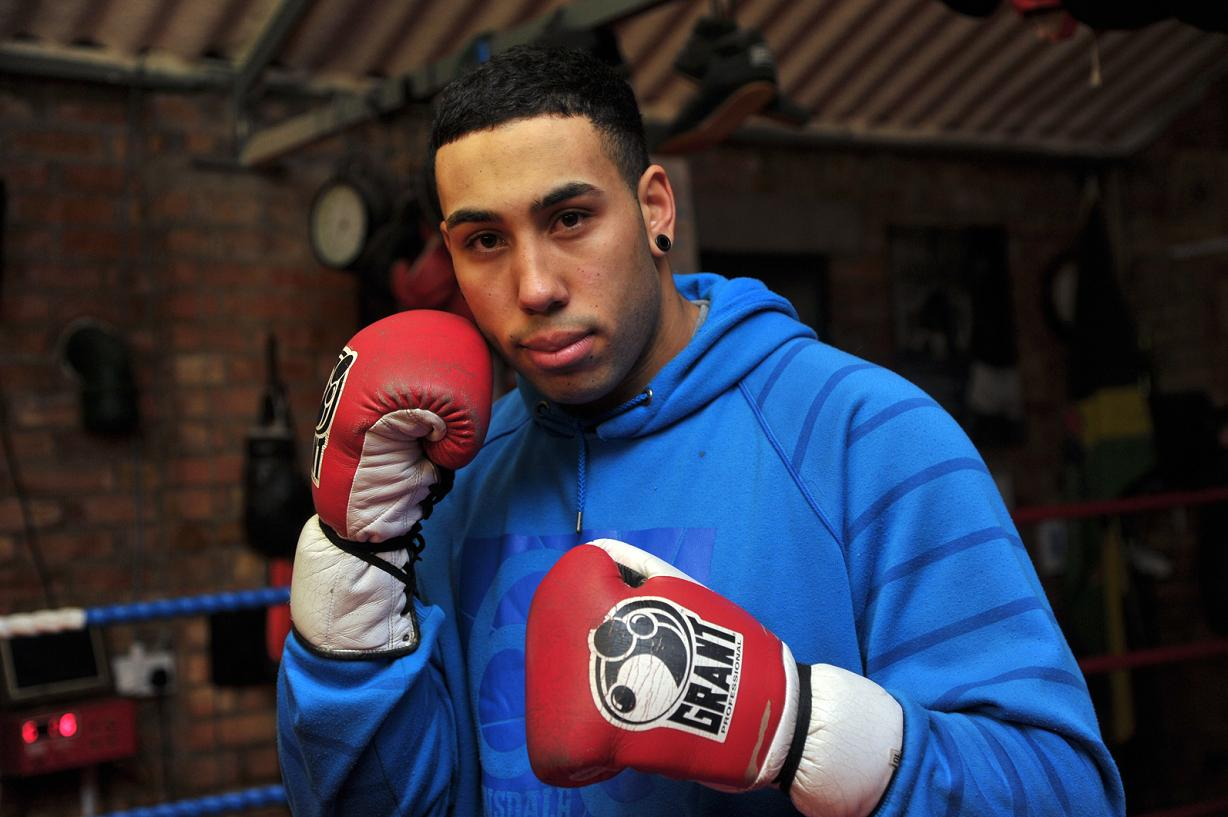 Watkins backs Groves to stop Froch