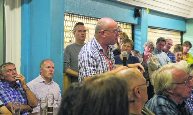 Residents cram into Rodbourne Cheney Club to hear of plans for a new Cheney Manor wood burner. Picture: Richard Wintle www.calyxpix.com