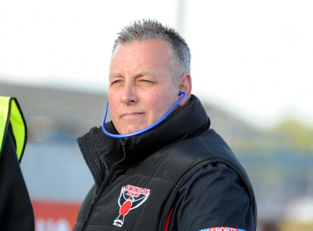 Swindon Robins manager Alun Rossiter