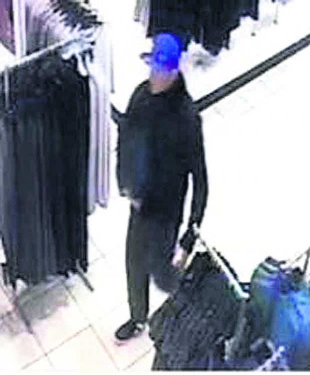 Swindon Advertiser: Do you know this shoplifter?