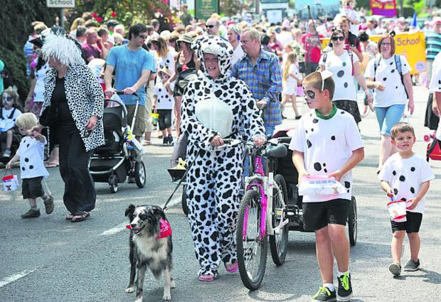 Crowds flocked to last year's Wroughton Carnival