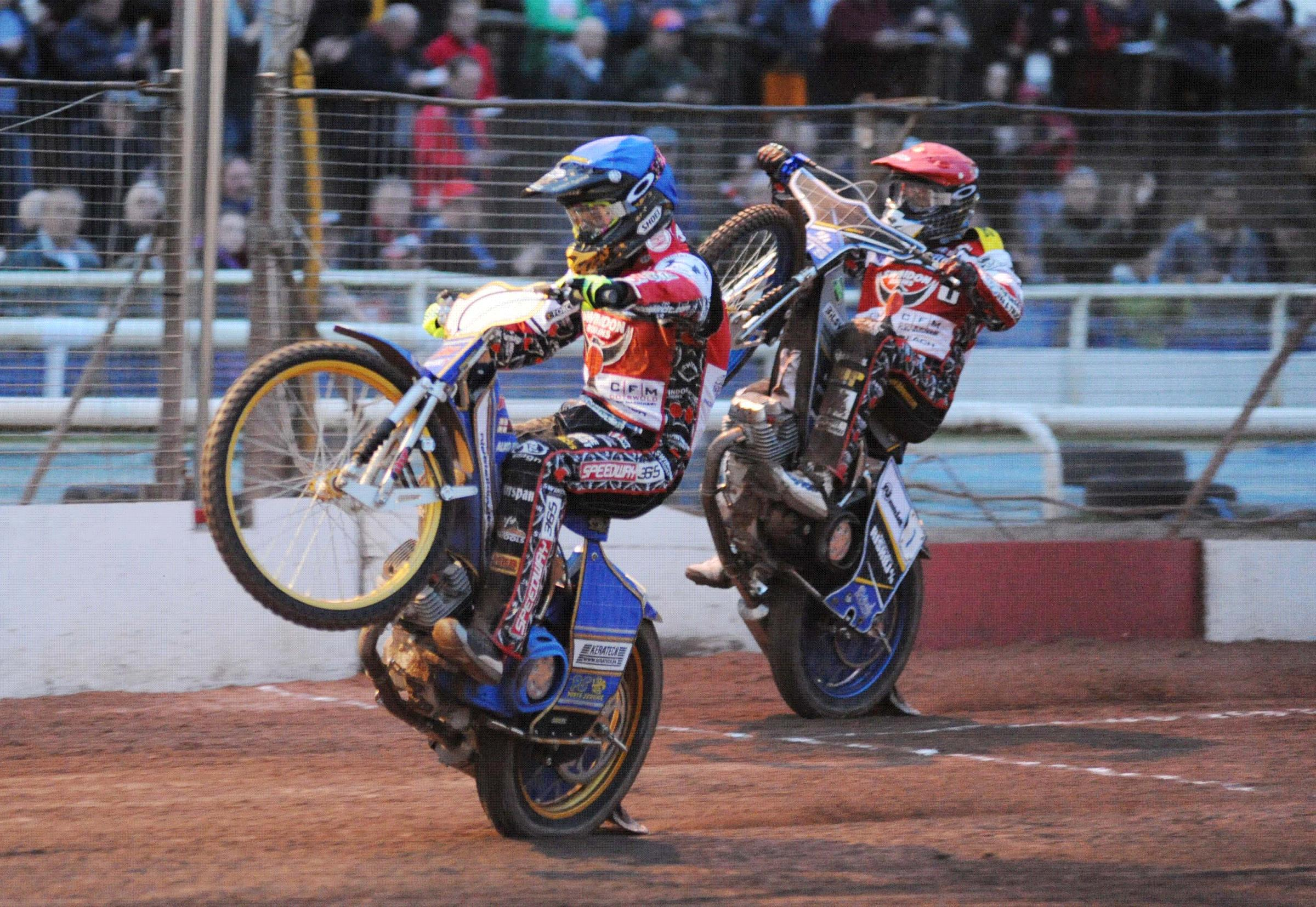 Peter Kildemand and Nicolai Kilndt celebrate as Robins get their first win of the season