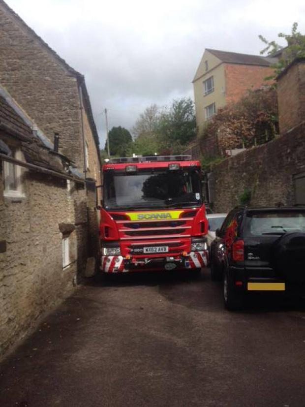 Swindon Advertiser: A fire engine has major issues negotiating Malmesbury streets
