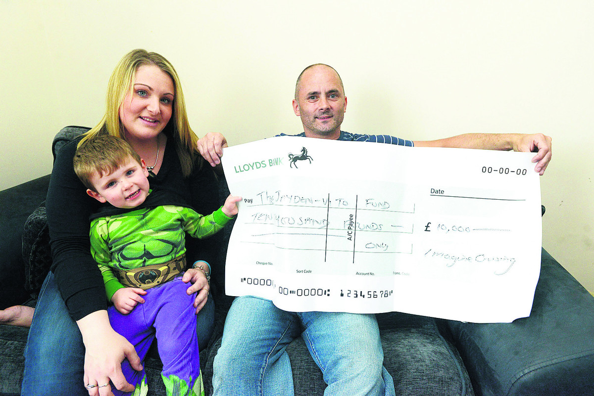 Jayden-Vito Mazzotta -Drapper with his parents Charlene Mazzotta and Jason Drapper, has been given £10,000 by Image Crusing