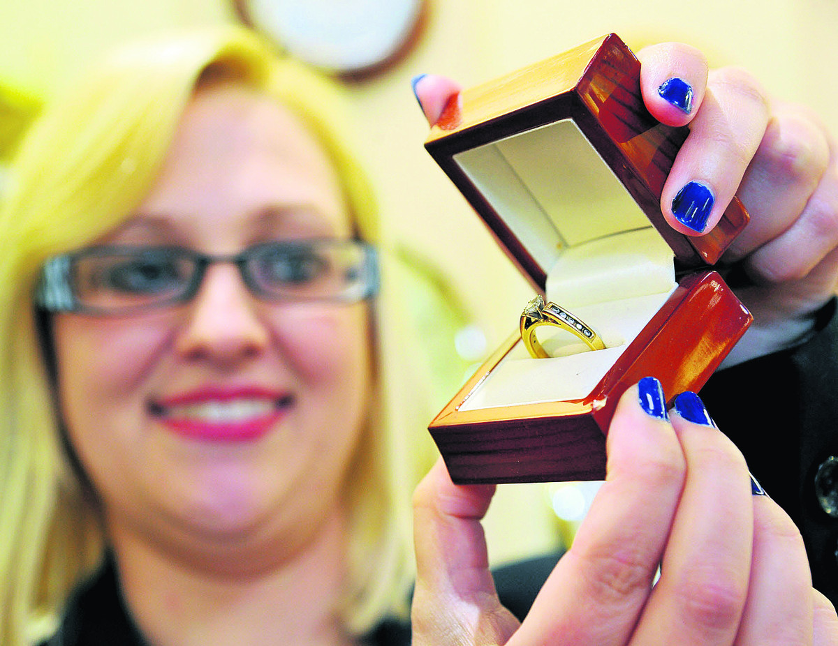 Laura Kelly from Hinds Jewellers with the ring
