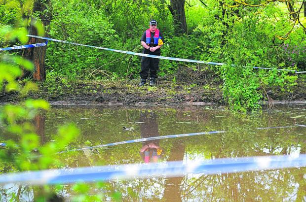 Murder police near the end of Ramsbury search