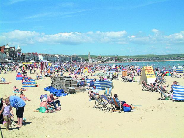 Swindon Advertiser: Weymouth beach, a destination on the Great Western line