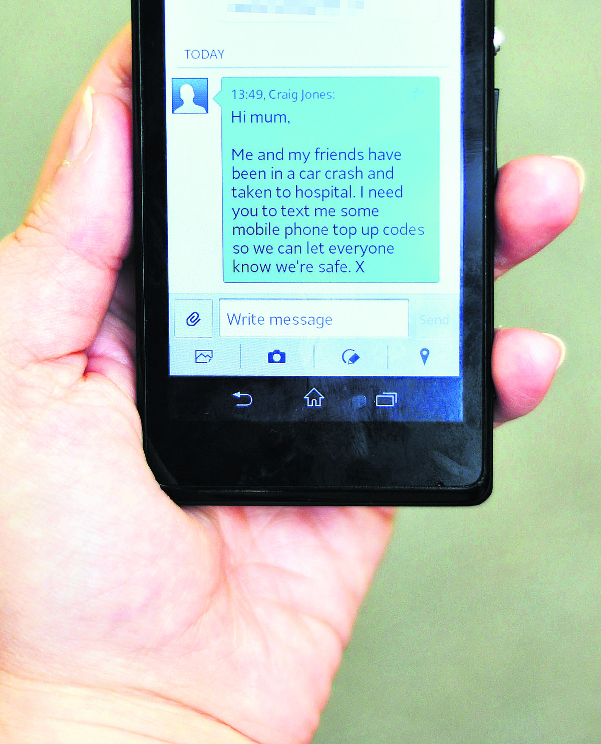 Police issue warning on 'accident' text