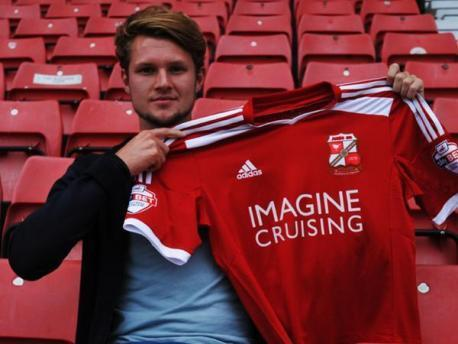 Swindon's newest recruit Jake Reeves