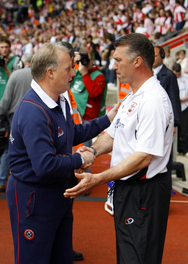 Nigel Pearson, right, shakes hands with United boss Kevin Blackwell