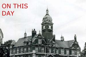 Picture supplied by Swindon Central LibraryThe Town Hall, Swindon during the 1950s