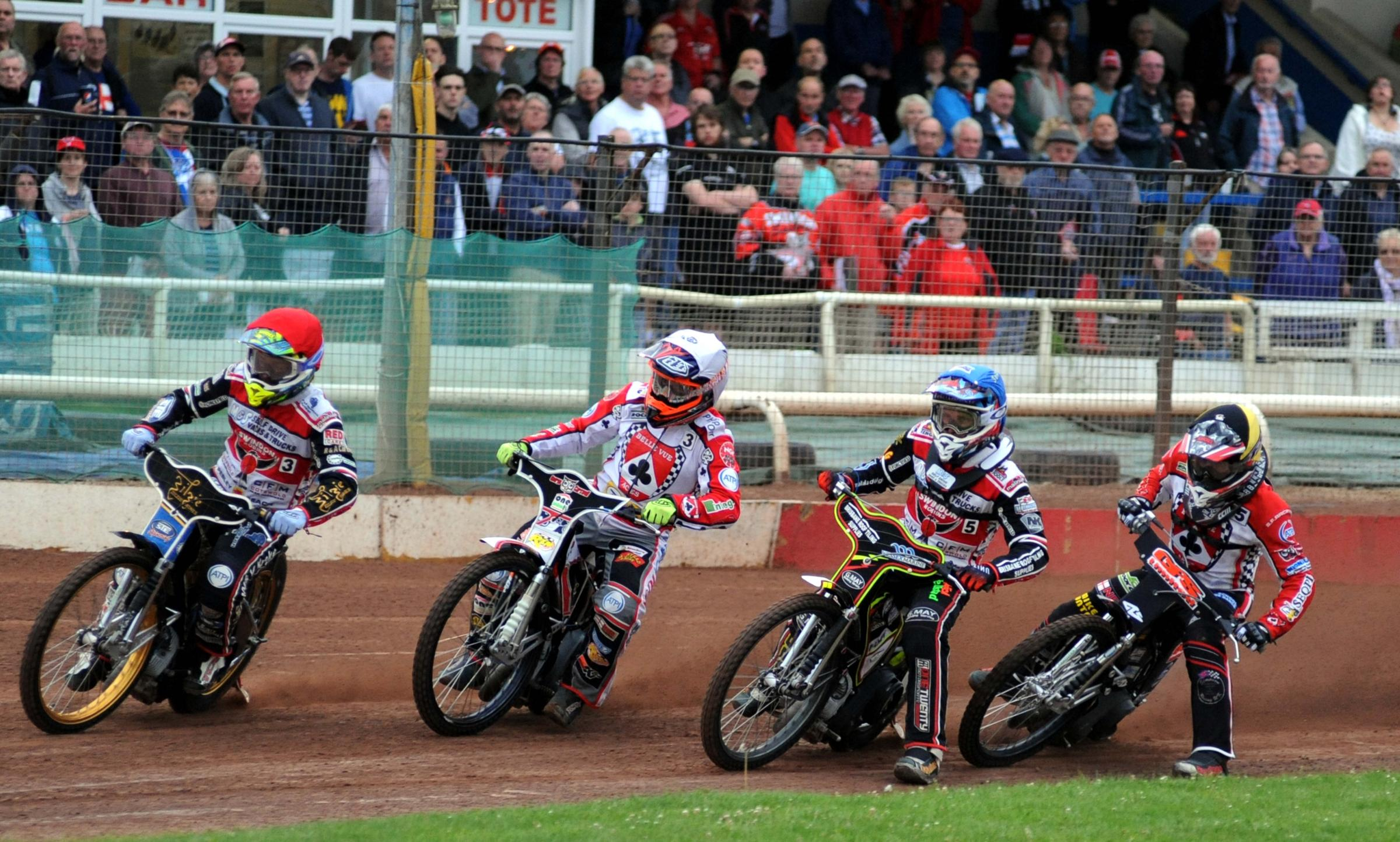 GALLERY: Swindon Robins 33 Belle Vue Aces 39