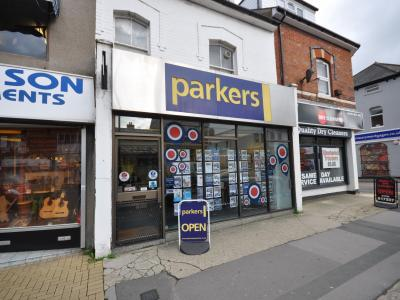 Swindon Advertiser: Parkes Estate Agents Office Picture