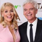Swindon Advertiser: Holly Willoughby teases Phillip Schofield over his 'horrible' holiday in Dubai