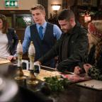 Swindon Advertiser: Emmerdale fans 'drowning in tears' as 'Robron' exchange vows