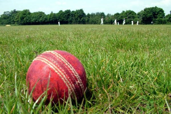 CRICKET: Lechlade hopes put to Bed by run flurry